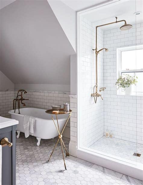 bathroom shower design ideas best 25 traditional bathroom ideas on subway
