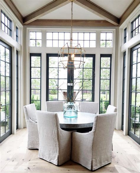 dining room window 25 best ideas about dining room windows on