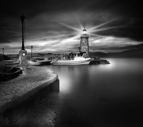 black and white dreamy black and white photography 10 fubiz media