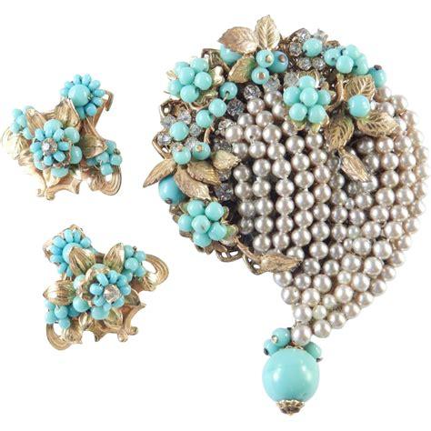 bead stores eugene oregon eugene glass bead rhinestone faux pearl brooch pin