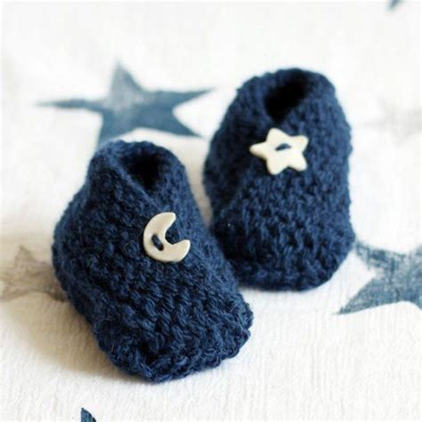 easy baby booties knitting pattern free free pattern for these adorable baby booties a fast