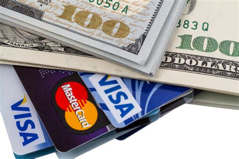 how to make money of credit cards how i made 2 000 from only using credit cards