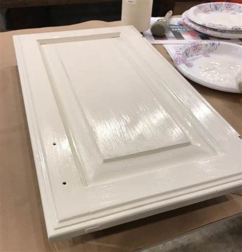 chalk paint dried out chalk paint 174 by sloan is so easy kitchen cabinets