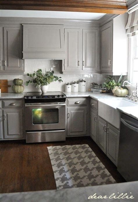 small kitchen color ideas pictures best 20 small kitchen makeovers ideas on