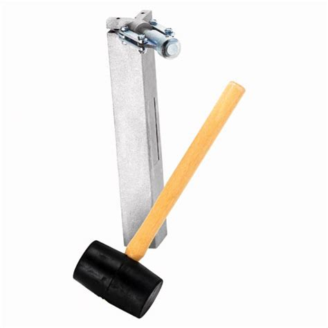drywall corner bead tool richard aluminium corner bead tool with mallet r 233 no d 233 p 244 t