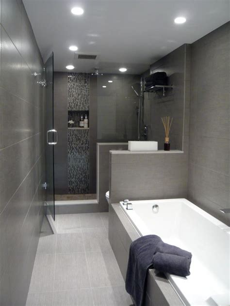 small tiled bathrooms best 25 tiled bathrooms ideas on