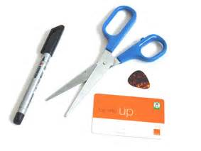 make guitar picks from credit cards make your own guitar picks from a credit card guitar list