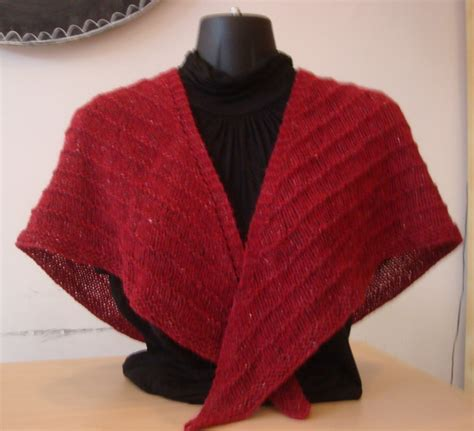 easy shawls to knit free patterns easy lace shawl knitting pattern favecraftscom