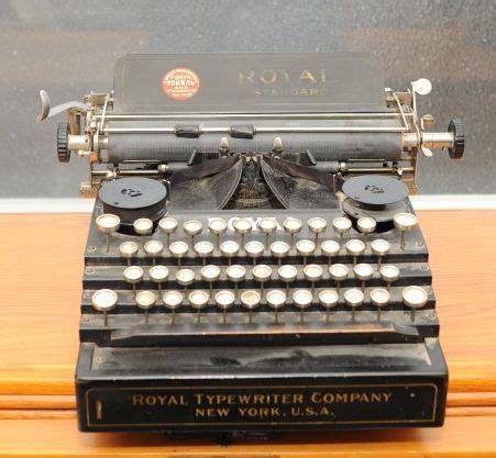 typewriter rubber st 1911 royal 1 typewriter 59420 twdb