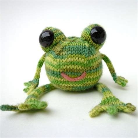 frog knitting pattern free 74 best images about crochet frogs on free