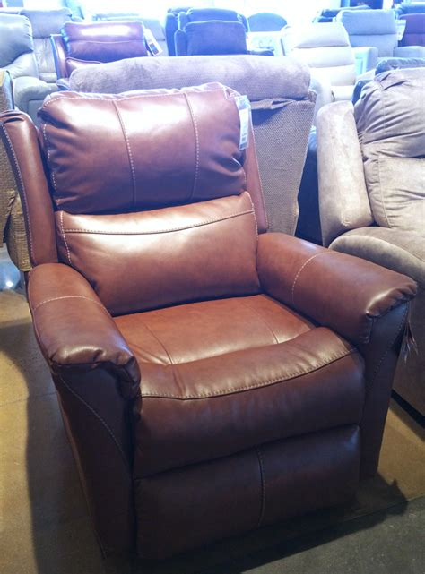 recliner sofa shopping i been sofa and recliner shopping in my own style