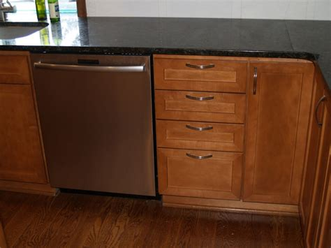 dishwasher kitchen cabinet kitchen cabinet for dishwasher pictures to pin on