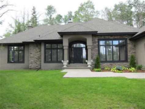 exterior house paint colors with black trim taupe w black trim no white sections of ground