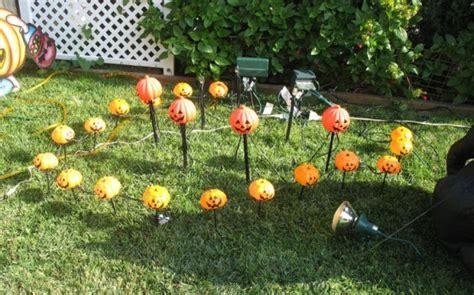 juegos de decorar jardines decorar el jard 237 n en halloween