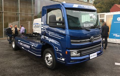 Volkswagen Truck vw plans for electric trucks and buses starting