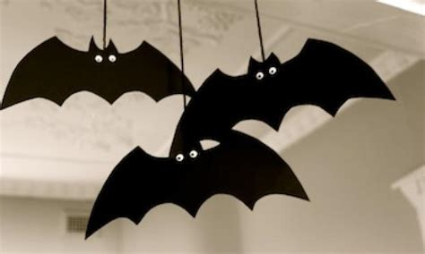 bat craft for make a spooky bat decoration kidspot