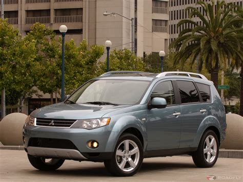 books on how cars work 2007 mitsubishi outlander interior lighting 2007 mitsubishi outlander ii pictures information and specs auto database com