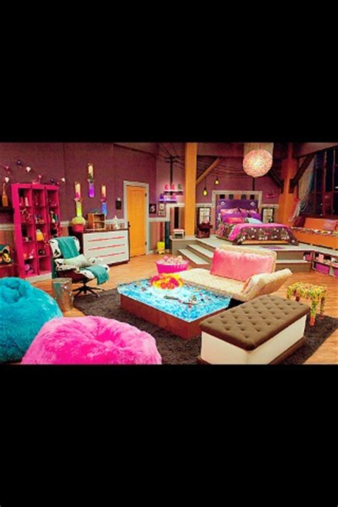icarly bedroom furniture i kinda want this icarly bedroom set lol especially the