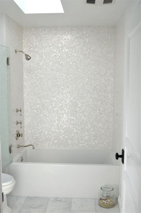 White Tile Bathroom by Best 25 White Mosaic Bathroom Ideas On White
