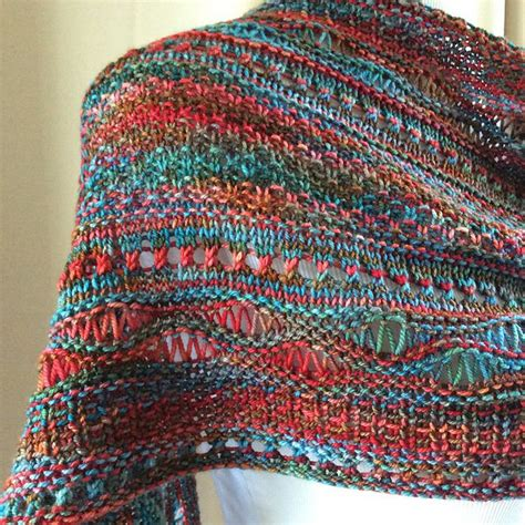best knitting patterns for variegated yarn 166 best images about patterns for variegated yarns on