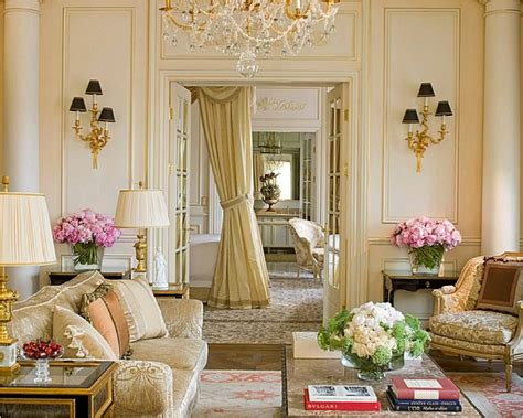 Romantic Bedroom Chandeliers by Let S Decorate Online French Style The Art Of Elegance