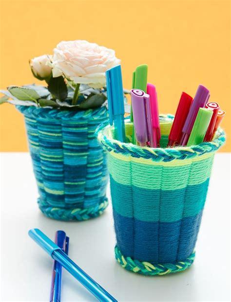 yarn craft projects best 25 easy yarn crafts ideas on yarn crafts