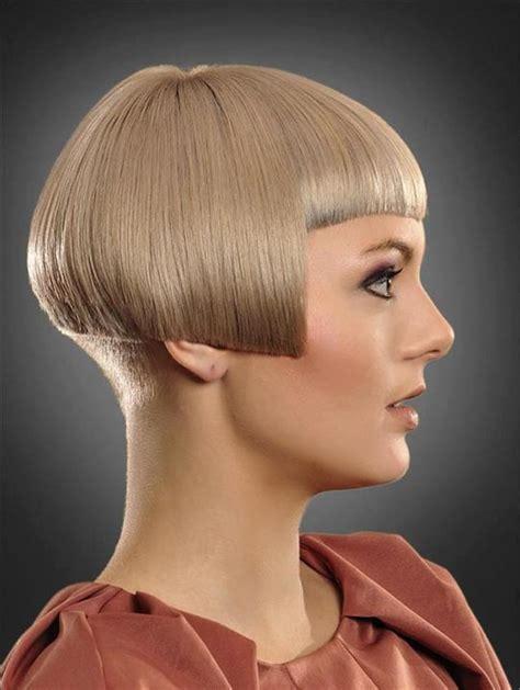 ear length bob hairstyle ear length short bob hairxstatic bob with bangs