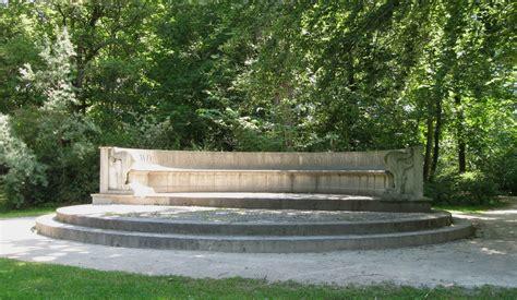 Englischer Garten München Beschreibung by Datei Steinerne Bank Englischer Garten Muenchen 1 Jpg