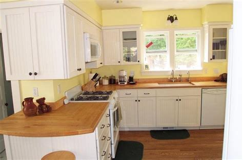 best yellow paint color for kitchen cabinets what color walls with white kitchen cabinets kitchen