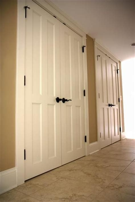 Bedroom Door Repair 1000 Ideas About Bedroom Closet Doors On