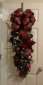 garlands and swags 138 best swags wreaths images on
