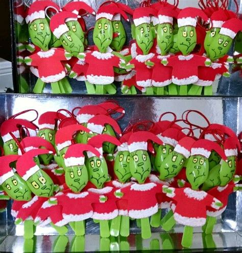 grinch theme best 20 grinch ideas on