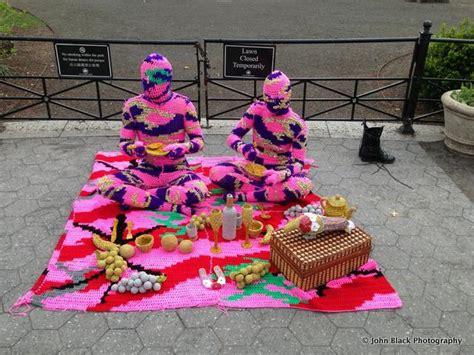 knit bombing yarnbombing untapped cities