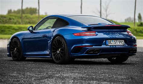Porsche Turbo S by Edo Competition S 675hp Porsche 911 Turbo S Cracks 340 Km