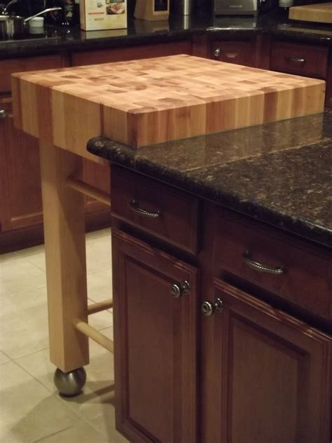 butcherblock kitchen island wooden small butcher block island with trundle and countertop homes showcase