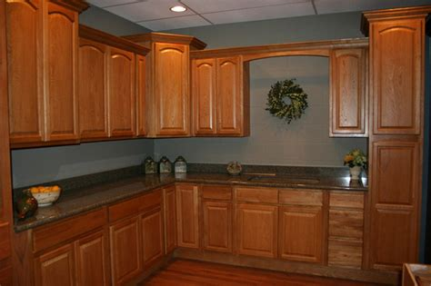 paint colors for kitchens maple cabinets kitchen paint colors with honey maple cabinets home