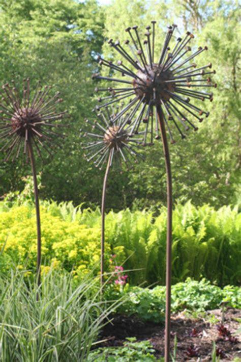 metal garden flowers sculpture seed