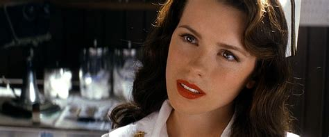 kate beckinsale pearl harbor car interior design