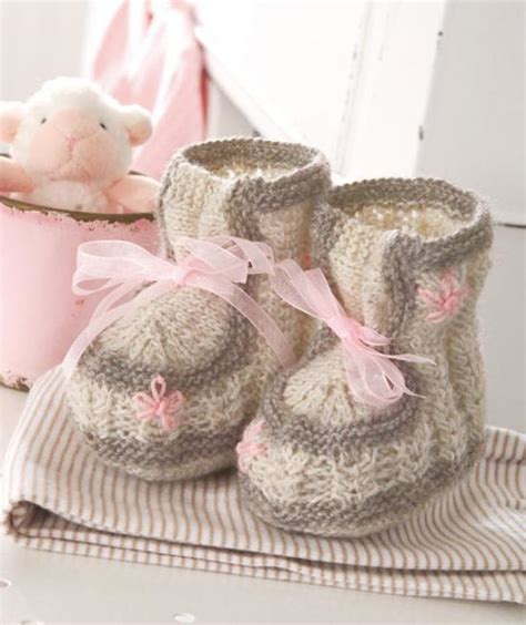 free 8 ply knitting patterns for children free knitting pattern baby booties 8 ply