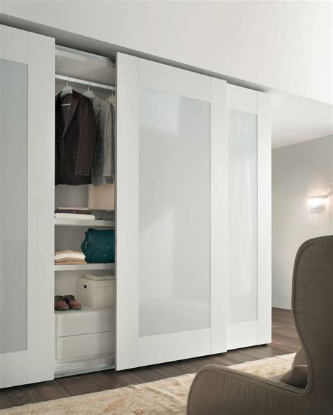 bedroom wardrobe designs with mirror best 25 wardrobe doors ideas on built in