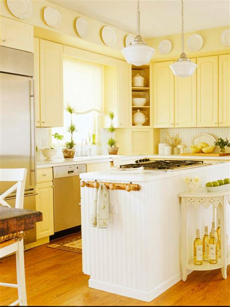 yellow kitchen decorating ideas traditional kitchen design ideas 2011 with yellow color home interiors