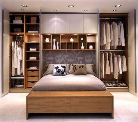 bedroom design in small space 25 best ideas about small master bedroom on