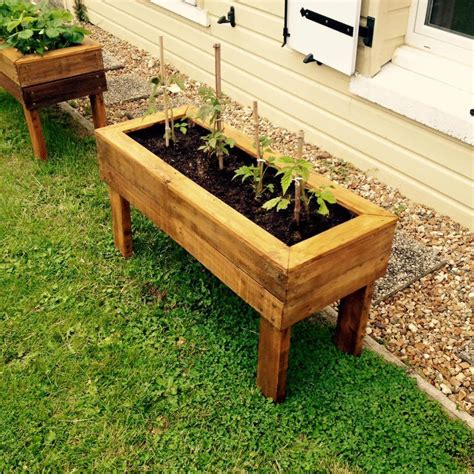 pallet planter boxes planter boxes from pallets