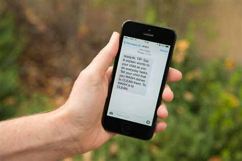 read mobile stanford tips by text program helps boost literacy in