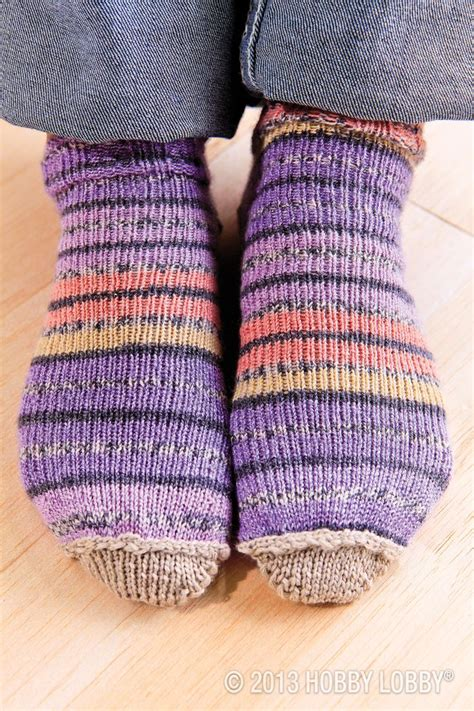 loom knitting socks 39 best images about socks slippers on