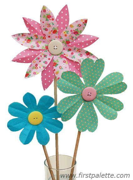 paper craft of flowers folding paper flowers craft 8 petal flowers