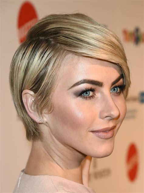 how to make your hair like julianne hough from rock of ages julianne hough short hair thats y my hair is so big its