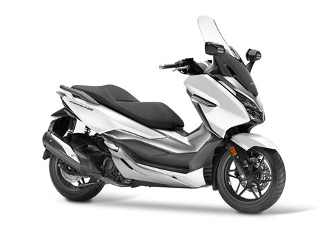 Pcx 2018 Vs Forza by Updated 2018 Honda Forza 300 Introduced Bikesrepublic