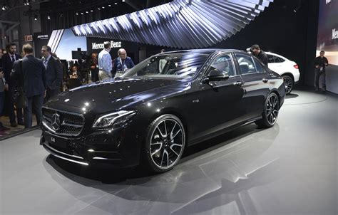 Mercedes In Ny by 2017 Mercedes Amg E43 Revealed At New York Auto Show Live