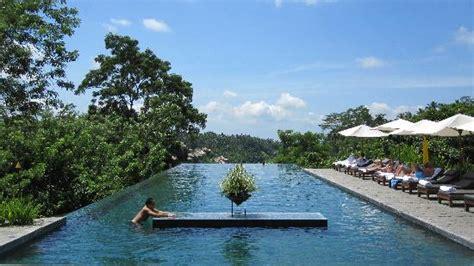 Bali Infinity Pool alila ubud edge of pool picture of alila ubud payangan